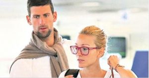 NIJE MOGLA VIŠE DA ĆUTI: Slavni teniser javno prozvao Novaka, Jelena mu odmah ZAČEPILA USTA! (FOTO)