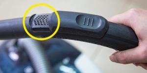 KAKO NAM OVO NIKO PRIJE NIJE REKAO: Svaki usisivač ima ove rupice na cijevi, ZNATE LI ČEMU SLUŽE?